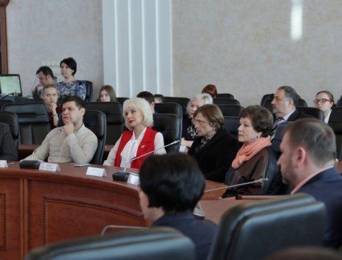 Первые лица ЕАО вручили награды журналистам областных СМИ