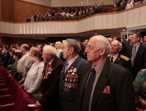 В Биробиджане прошло торжественное собрание по случаю Дня защитника Отечества
