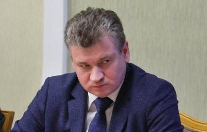В присутствии мэра Биробиджана Евгения Коростелёва председателя Заксобрания Любовь Павлову «записали в потери»