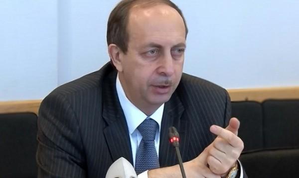 Александр Левинталь оказался в хвосте рейтинга доходов глав регионов ДФО