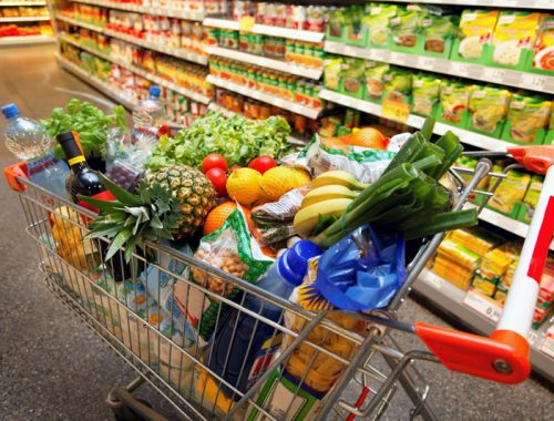 В магазинах ЕАО выросли цены на рыбу, сметану, чай и колбасы