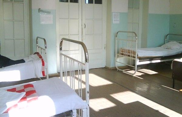 Прокуратура обязала руководство Теплоозёрской больницы правильно расставить койки