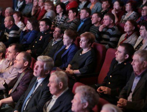 80-летие Биробиджана отметили торжественным собранием и концертом