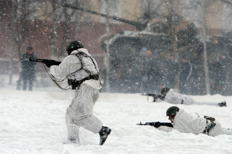 Военные полигоны ЕАО эксплуатировались зимой в круглосуточном режиме