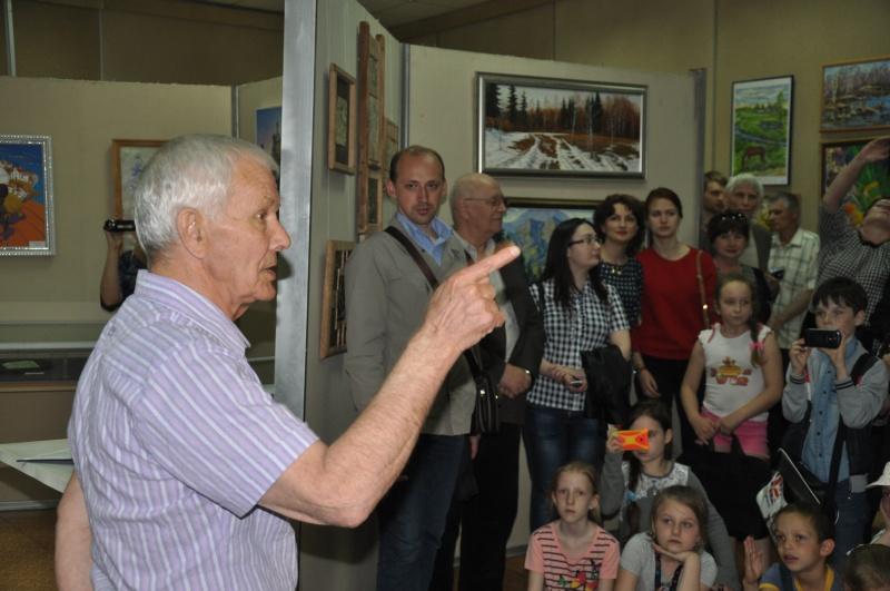 В Биробиджане открылась выставка в честь 10-летия регионального отделения Союза художников России