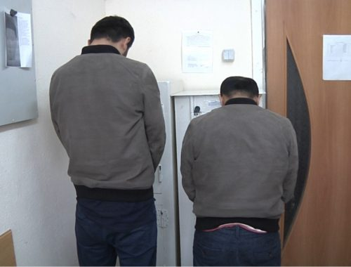 Грабители, отобравшие у жительницы Биробиджана свыше 10 млн рублей, задержаны в Облученском районе