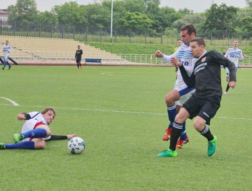 Очередные матчи чемпионата ЕАО по футболу прошли в Биробиджане