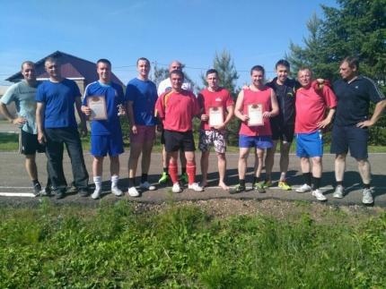 Биробиджанские сотрудники МЧС провели турнир по мини-футболу