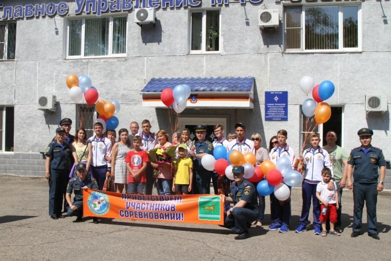 Юные биробиджанские спасатели завоевали бронзу на международных соревнованиях в Азербайджане