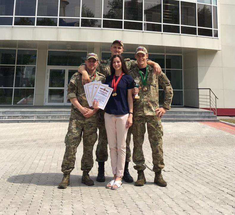 Сотрудники Росгвардии по ЕАО завоевали золото в чемпионате Восточного округа по плаванью