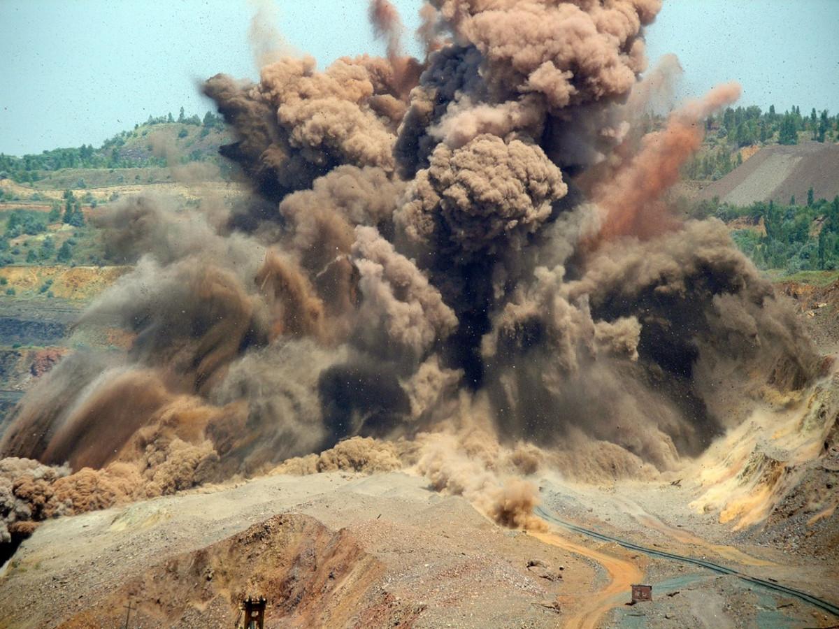 Завтра недалеко от Биробиджана будут проведены буровзрывные работы