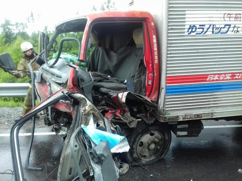 Женщина погибла в результате столкновения легковушки с грузовиком на трассе «Чита-Хабаровск»