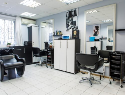 Свыше 12 млн рублей задолжала хозяйка салонов красоты в ЕАО