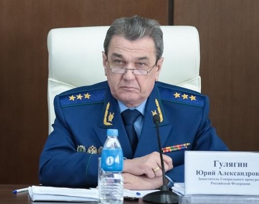 Юрий Гулягин: Ситуация с выплатой заработной платы в ЕАО продолжает оставаться напряженной