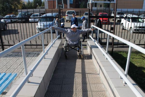 Большинство социально-значимых объектов в Биробиджане не доступны для инвалидов