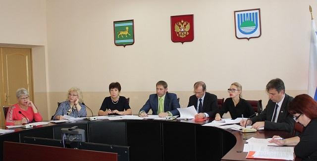 Ситуацией со сбором налогов озабочены депутаты городской Думы