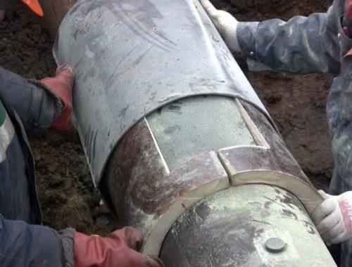 Работы по устранению утечки на теплотрассе завершены