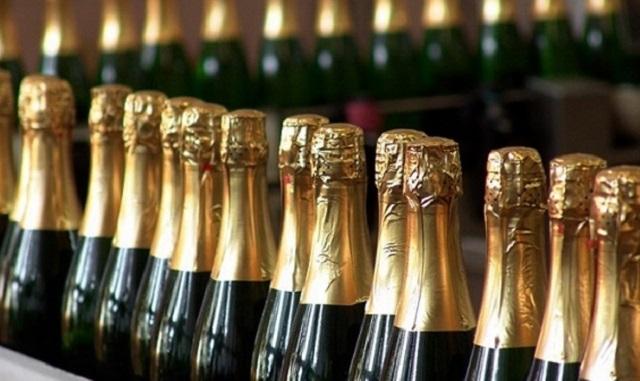 Цены на шампанское вырастут на 15% к Новому году
