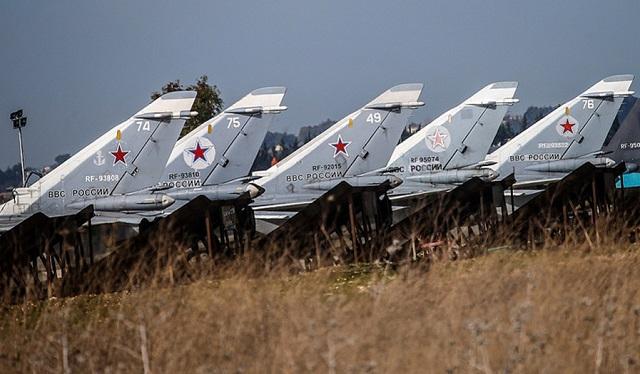 Минобороны РФ опровергло уничтожение самолетов на авиабазе Хмеймим