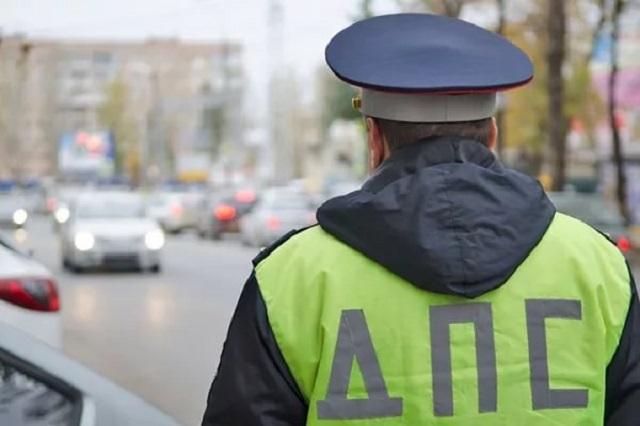 В районе улицы Советской угнали автомобиль