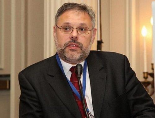 Экономист Михаил Хазин предсказал смену элит в России
