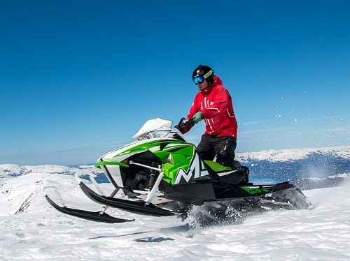 Снегоход в качестве взятки потребовал старший инспектор Гостехнадзора по Смидовичскому району