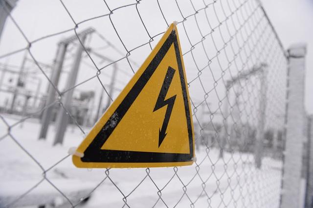 ЧП в ЕАО: Электрические ожоги лица, рук и ног получила девочка-подросток, пытаясь сделать эффектное селфи