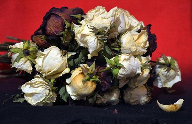 Биробиджанка отдала мошенникам более 70 тысяч рублей за покупку цветов к празднику