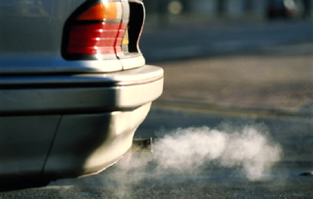 Бензиновые автомобили предлагают не пускать на российские курорты