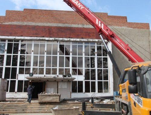 Реконструкция дома культуры в с. Ленинском завершится к лету