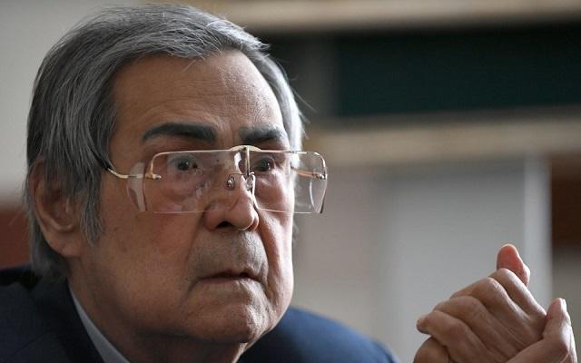 Аман Тулеев планирует завершить политическую карьеру