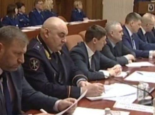 Замгенпрокурора Юрий Гулягин объявил предостережение директору «ДГК» и зампреду областного правительства Николаю Кандели
