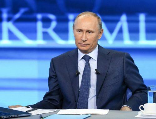 Сегодня Владимир Путин выйдет на «Прямую линию» с жителями России
