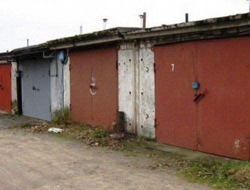 Биробиджанец обвинил соседа по гаражу в угрозе убийством