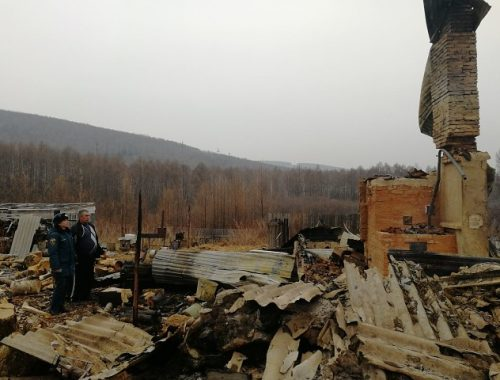 Сгорела почти вся улица, люди лишились крова: в возбуждении уголовного дела отказано
