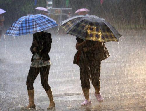 Угроза сильного дождя переводит силы МЧС в режим повышенной готовности