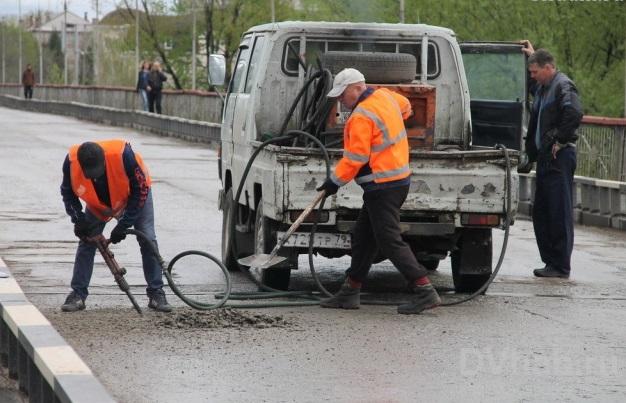 Старый автомобильный мост вновь закроют на ремонт