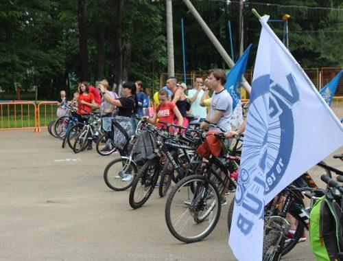 Около 90 любителей двухколесного транспорта собрал массовый велопробег