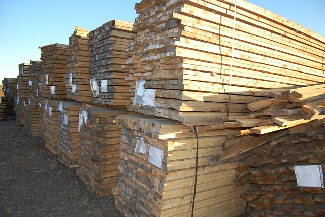 2,5 тонны пиломатериалов пытались незаконно вывезти через таможню ЕАО