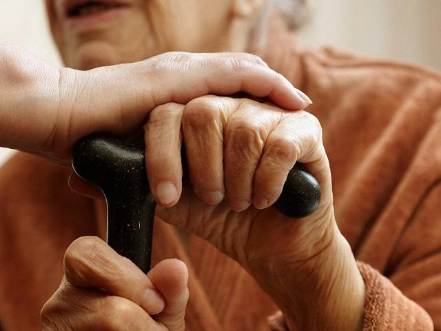 У 81-летней биробиджанки украли кошелек в магазине