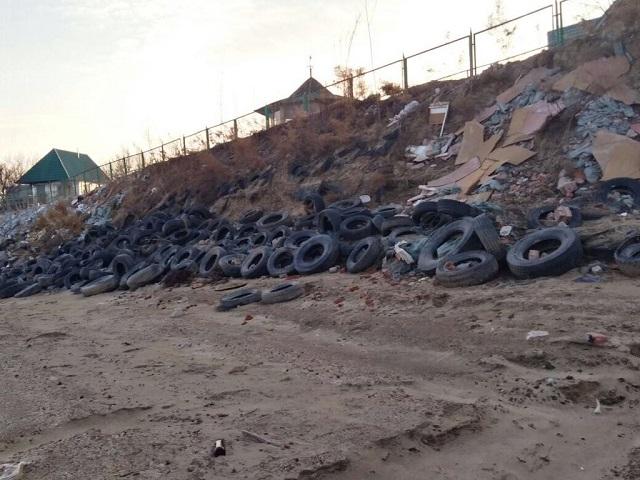 Администрацию поселения обязали очистить от мусора водоохранную зону в ЕАО