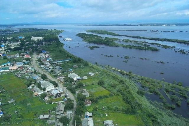 Уровень воды в Амуре в Ленинском районе пошел на спад