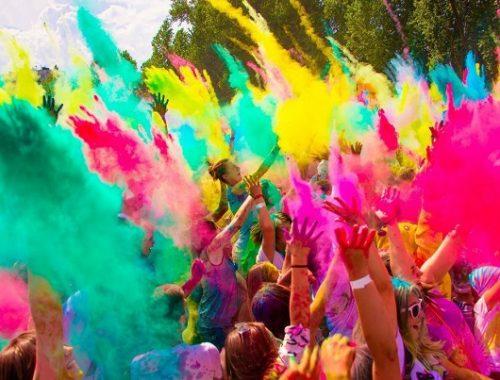 Всероссийский фестиваль красок едет в Биробиджан