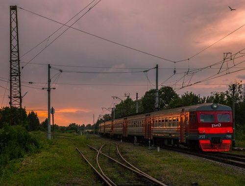 Электричка Биробиджан-Хабаровск временно изменит график движения