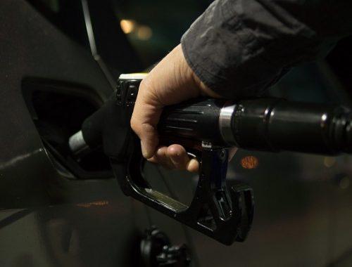 40 литров бензина слил с автобуса житель ЕАО