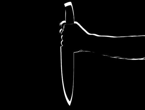 В Биробиджане подросток без причины напал на соседа