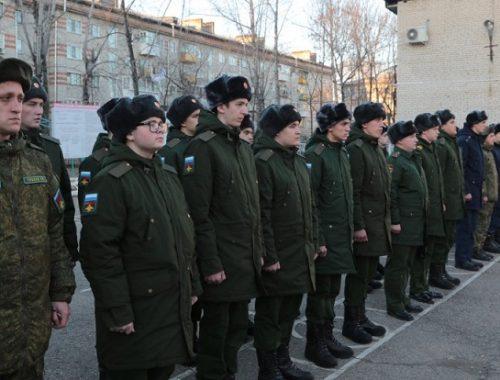 В ЕАО торжественно проводили на службу в армию 24 новобранца