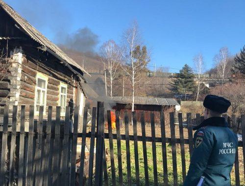 В ЕАО пожарные инспекторы предотвратили трагедию