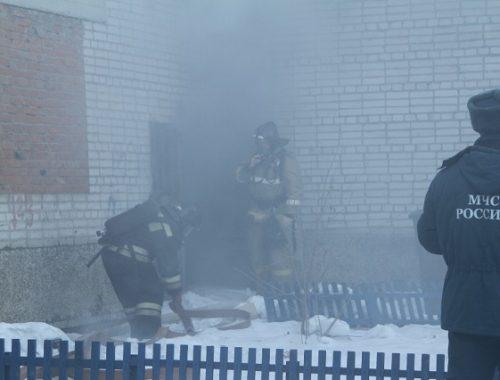 В биробиджанской девятиэтажке загорелся подвал