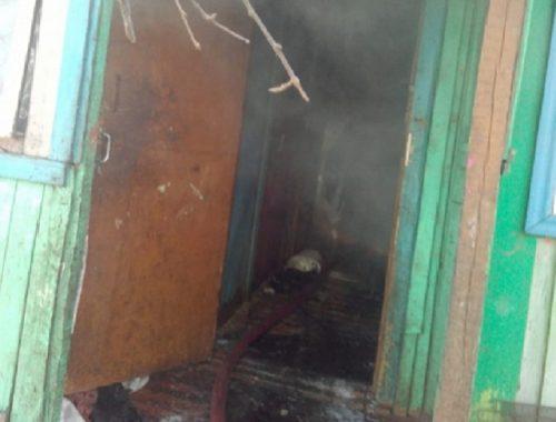 Четверо детей едва не сгорели во вспыхнувшем пламени
